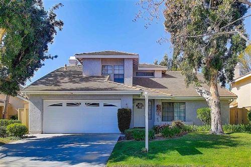 Photo of 12651 COUNTRY MEADOW Street, Moorpark, CA 93021 (MLS # 220002292)