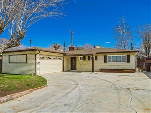 Photo of 43752 HARDWOOD Avenue, Lancaster, CA 93534 (MLS # SR18062292)