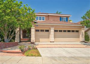 Photo of 2027 WARBLE Court, Thousand Oaks, CA 91320 (MLS # 218010293)