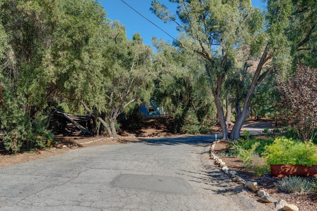 Photo of 3351 CAMP HUNTINGTON Road, Altadena, CA 91001 (MLS # 819005294)