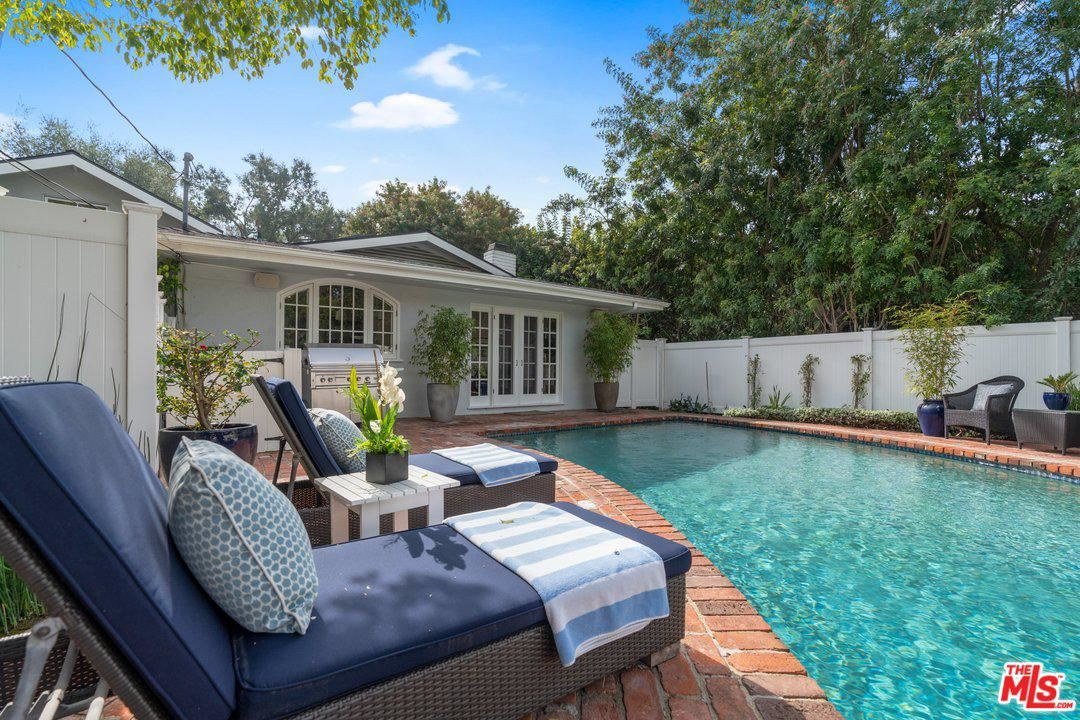 Photo of 9736 HENSAL Road, Beverly Hills, CA 90210 (MLS # 20556296)