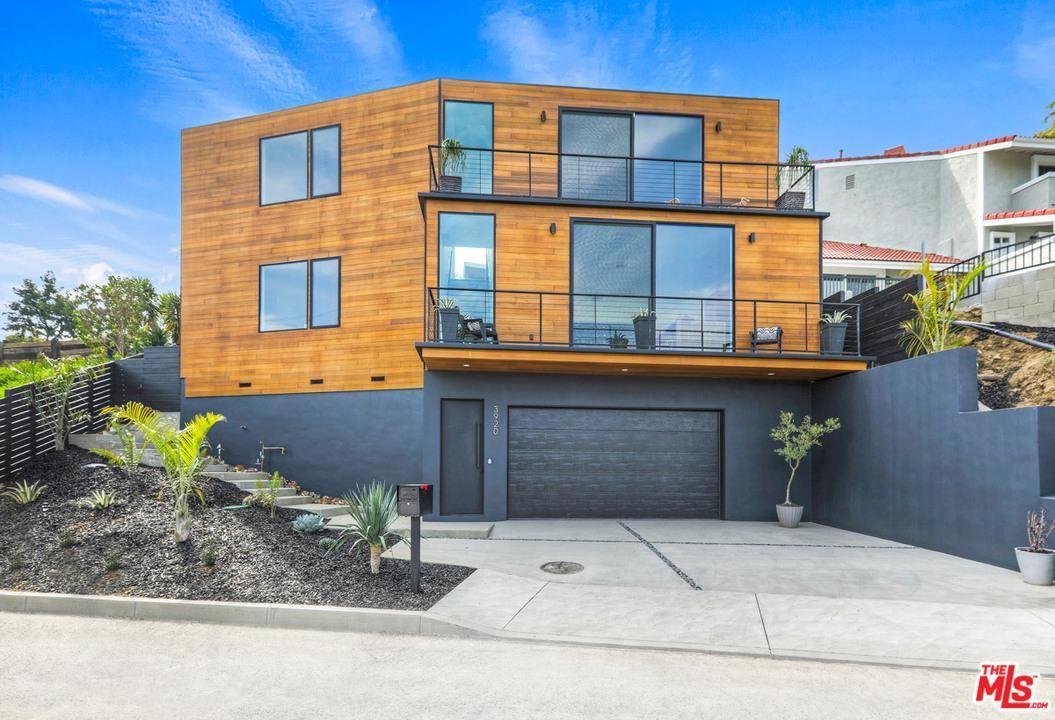 Photo of 3920 BRILLIANT Drive, Los Angeles , CA 90065 (MLS # 20557298)