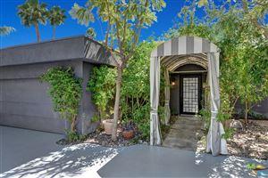 Photo of 279 West OVERLOOK Road, Palm Springs, CA 92264 (MLS # 17265062PS)