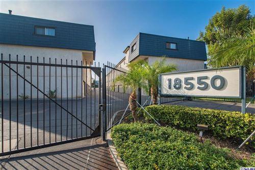 Photo of 18550 HATTERAS Street #117, Tarzana, CA 91356 (MLS # 319004301)