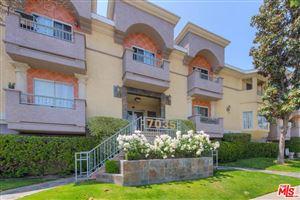 Photo of 7035 WOODLEY Avenue #113, Lake Balboa, CA 91406 (MLS # 19463302)