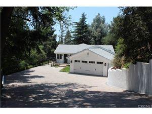 Photo of 1304 JOURNEYS END Drive, La Canada Flintridge, CA 91011 (MLS # SR18152302)