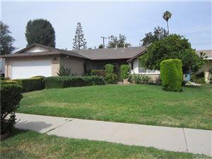 Photo of 6633 BERQUIST Avenue, West Hills, CA 91307 (MLS # SR18164302)