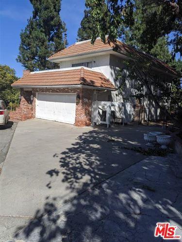Photo of 3492 CLAIRTON Place, Encino, CA 91436 (MLS # 19522304)