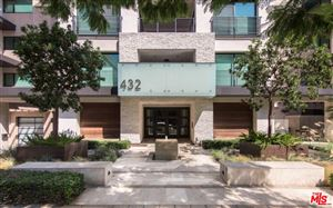 Photo of 432 North OAKHURST Drive #406, Beverly Hills, CA 90210 (MLS # 18407306)