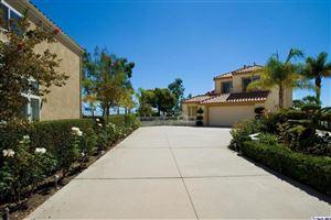 Photo of 939 CALLE SIMPATICO, Glendale, CA 91208 (MLS # 818001307)