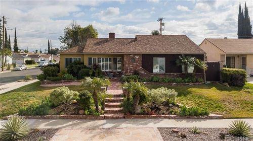 Photo of 6526 YOLANDA Avenue, Reseda, CA 91335 (MLS # SR20019307)
