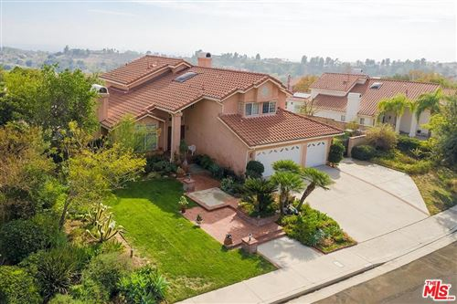 Photo of 12955 LOUISE Avenue, Granada Hills, CA 91344 (MLS # 19531310)