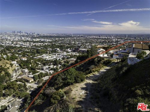 Photo of 1854 North CRESCENT HEIGHTS, Los Angeles , CA 90069 (MLS # 19531312)