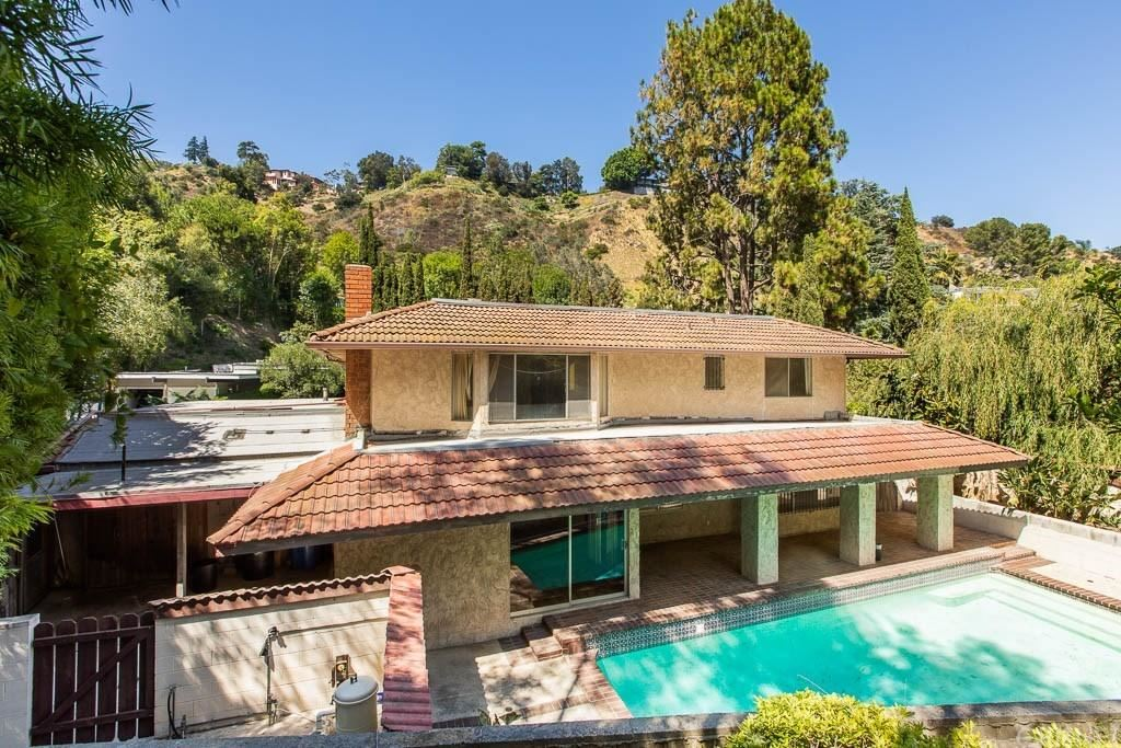 Photo for 7606 WILLOW GLEN Road, Los Angeles , CA 90046 (MLS # SR19198312)