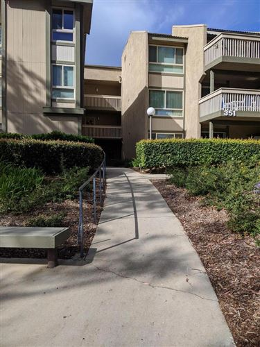 Photo of 351 CHESTNUT HILL Court #23, Thousand Oaks, CA 91360 (MLS # 220002318)