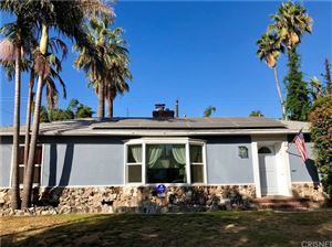 Photo of 801 North BEACHWOOD Drive, Burbank, CA 91506 (MLS # SR18215318)
