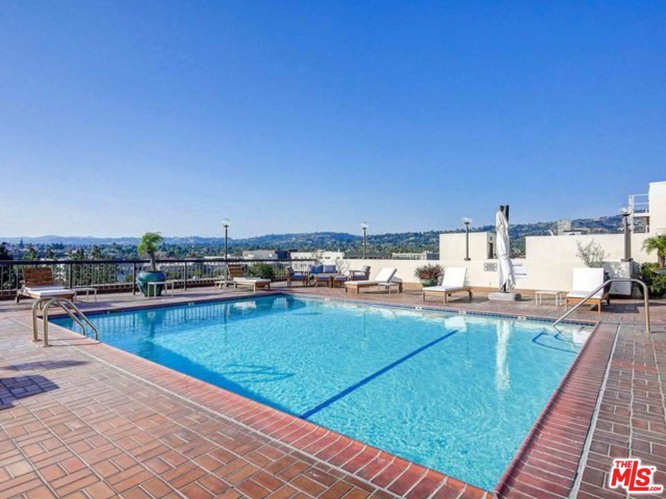 Photo of 325 North OAKHURST Drive #201, Beverly Hills, CA 90210 (MLS # 20555318)