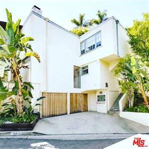 Photo of 9315 LLOYDCREST Drive, Beverly Hills, CA 90210 (MLS # 18353322)