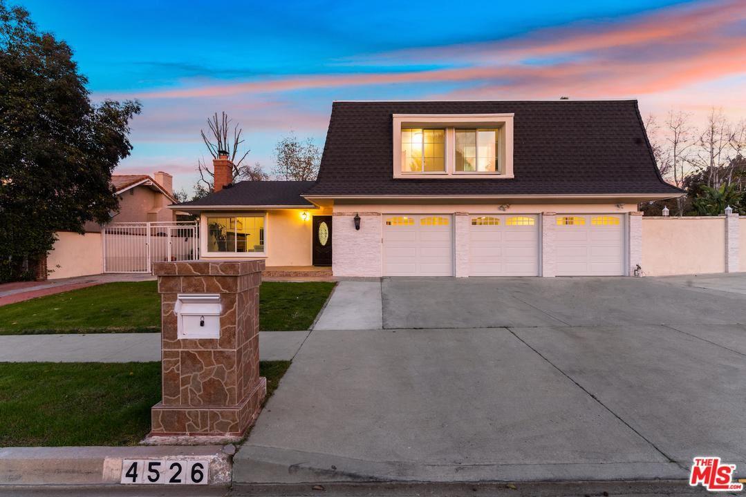 Photo of 4526 AZALIA Drive, Tarzana, CA 91356 (MLS # 20551322)