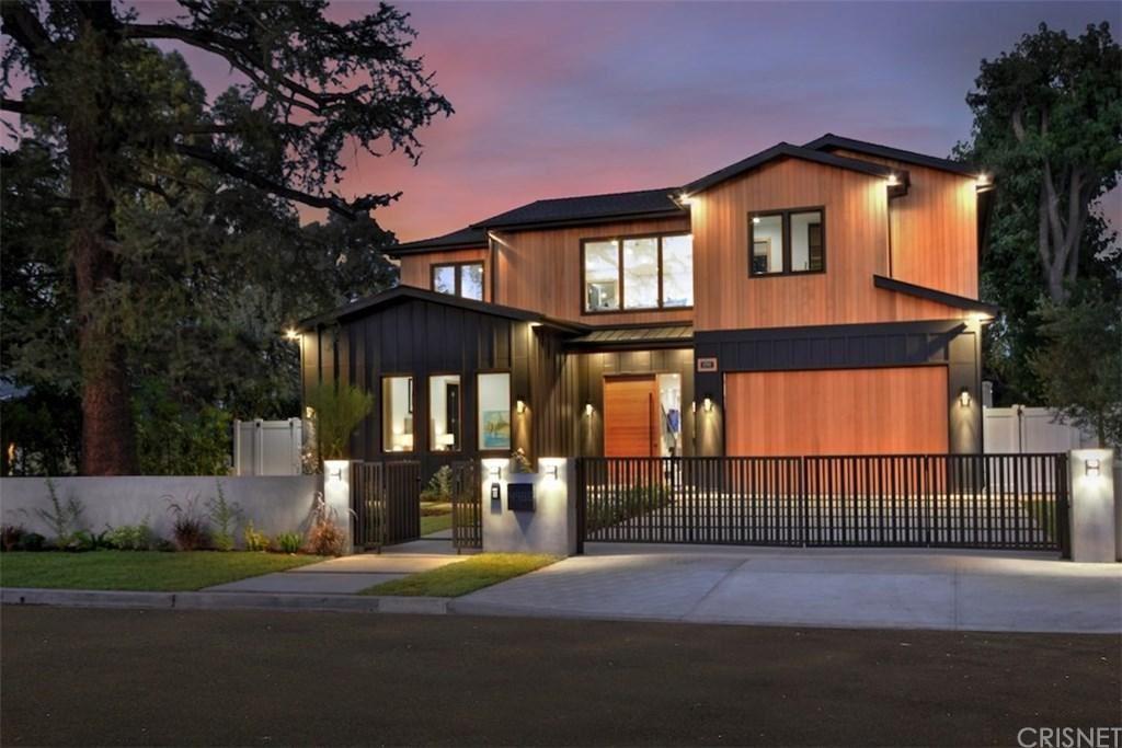 Photo for 4988 NOELINE Avenue, Encino, CA 91436 (MLS # SR19196323)