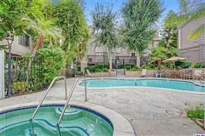 Photo of 18316 HATTERAS Street #5, Tarzana, CA 91356 (MLS # 319004325)