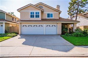 Photo of 12647 COUNTRY MEADOW Street, Moorpark, CA 93021 (MLS # 219009326)