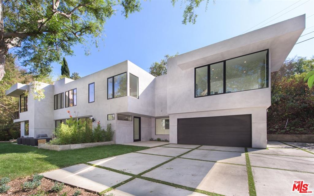 Photo for 11144 SUNSHINE Terrace, Studio City, CA 91604 (MLS # 18394328)