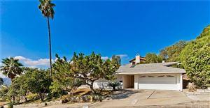 Photo of 648 ROBIN GLEN Drive, Glendale, CA 91202 (MLS # SR19227329)