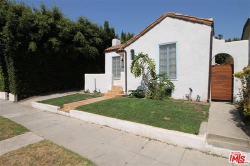 Photo of 629 WESTMINSTER Avenue, Venice, CA 90291 (MLS # 19513330)