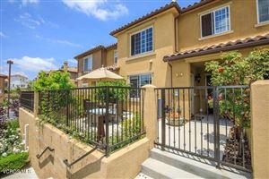 Photo of 342 East HILLTOP Way, Thousand Oaks, CA 91362 (MLS # 218006330)