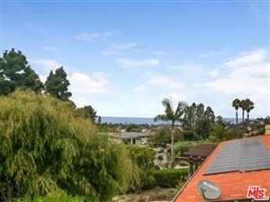 Photo of 2827 VIA VICTORIA, Palos Verdes Estates, CA 90274 (MLS # 17293332)