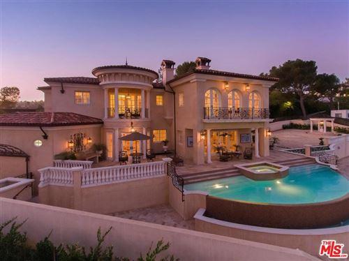 Photo of 1142 CALLE VISTA Drive, Beverly Hills, CA 90210 (MLS # 19533332)