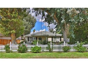 Photo of 23219 CANZONET Street, Woodland Hills, CA 91367 (MLS # SR18238332)