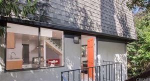 Photo of 8109 WILLOW GLEN Road, Los Angeles , CA 90046 (MLS # SR19221332)