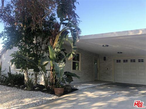 Photo of 5161 NESTLE Avenue, Tarzana, CA 91356 (MLS # 19518334)