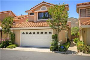 Photo of 353 SCANNO Drive, Oak Park, CA 91377 (MLS # 218007335)