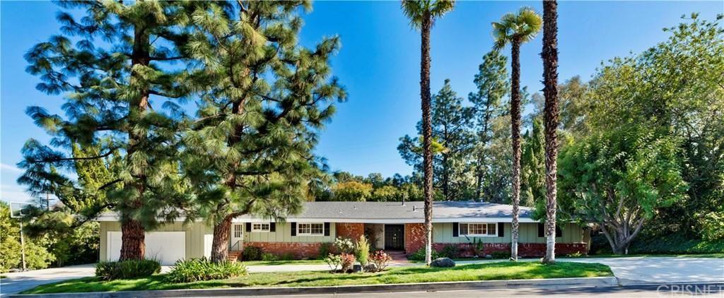Photo of 5022 PALOMAR Drive, Tarzana, CA 91356 (MLS # SR20042335)