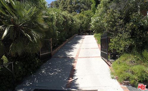 Tiny photo for 1121 North BEVERLY Drive, Beverly Hills, CA 90210 (MLS # 19499336)