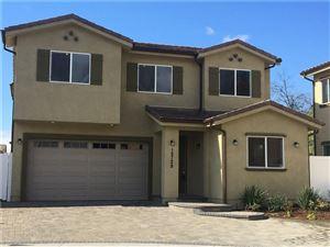 Photo of 15728 W VINCENNES, North Hills, CA 91343 (MLS # SR18109336)
