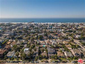 Photo of 2901 CLUNE Avenue, Venice, CA 90291 (MLS # 19422338)