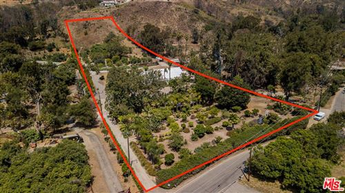 Photo of 5949 BONSALL Drive, Malibu, CA 90265 (MLS # 19501338)