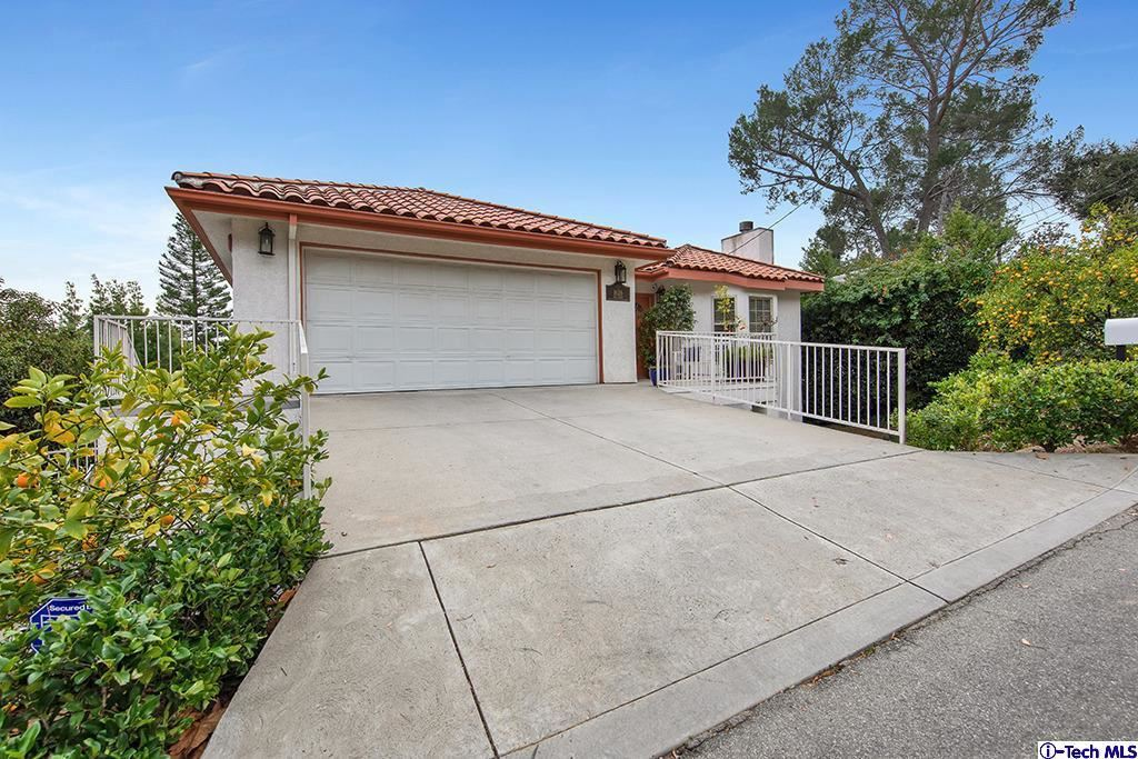 Photo of 1626 INA Drive, Glendale, CA 91206 (MLS # 320000338)