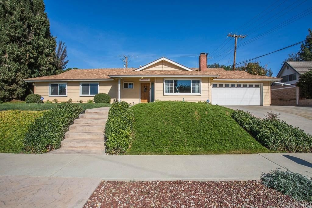 Photo for 1115 UPPINGHAM Drive, Thousand Oaks, CA 91360 (MLS # SR18031340)