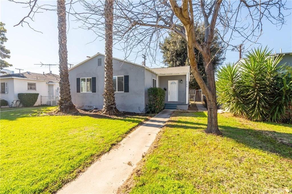 Photo of 545 North CORDOVA Street, Burbank, CA 91505 (MLS # SR20027340)