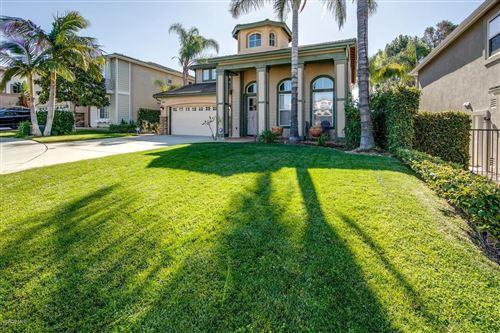 Photo of 13624 SILVER OAK Lane, Moorpark, CA 93021 (MLS # 219013341)