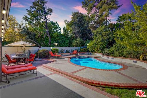 Photo of 5356 OVERING Drive, Woodland Hills, CA 91367 (MLS # 19532344)