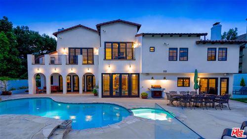 Photo of 3949 VISTA LINDA Drive, Encino, CA 91316 (MLS # 20567348)