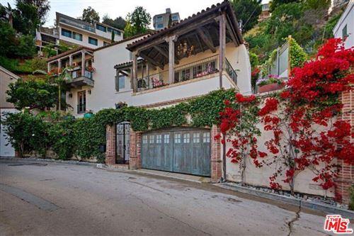 Photo of 8623 FRANKLIN Avenue, Los Angeles , CA 90069 (MLS # 19530350)