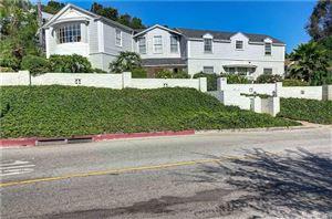 Photo of 4209 WOODCLIFF Road, Sherman Oaks, CA 91403 (MLS # SR19186350)