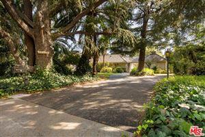 Photo of 13320 CHANDLER, Sherman Oaks, CA 91401 (MLS # 19510352)
